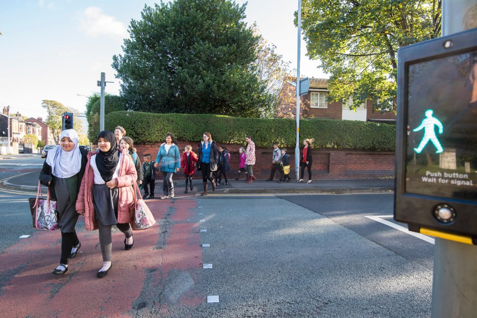 School streets needed to ensure child safety post lockdown say parents and NGOs in new research.